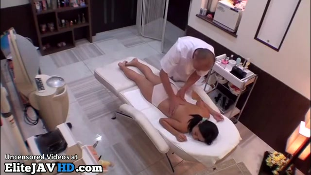 Japanese Hot Massage Sex With Milf