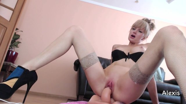 Busty Blonde Alexis Riding On Cam Porn Video-5195