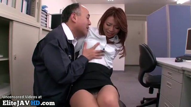 Japanese Secretary Pleasing Old Boss Porn Video-7519